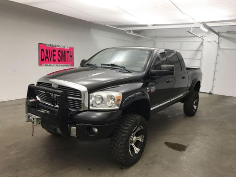 2008 Dodge Ram Pickup 2500 Laramie Mega Cab Short Box